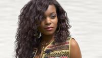 """Bereits mit 14 Jahren ließ die Powerfrau mit afro-karibischen Wurzeln bei der """"Bravo Girls & Boys""""-Wahl, 20.000 Bewerberinnen hinter sich. Mittlerweile hat sie sich zu einer gefragten Interpretin mit unverkennbarer Soul-Stimme entwickelt. Zu sehen war sie bereits in einigen der bekanntesten deutschen TV-Shows (""""Fernsehgarten"""", """"RTL Chart Show"""" u.a.)."""